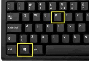 Ấn tổ hợp phím Windows + R